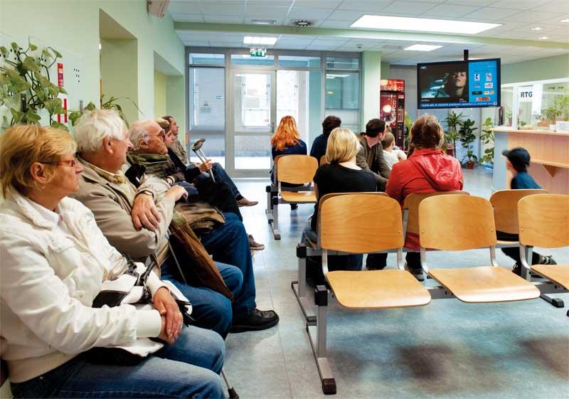 Obrazovky v čekárnách nemocnic