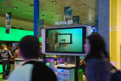 Folie Vikuiti v ČR instalace T-Mobile