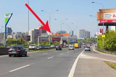 LED obrazovka Kačerov Praha - příjezd od Brna