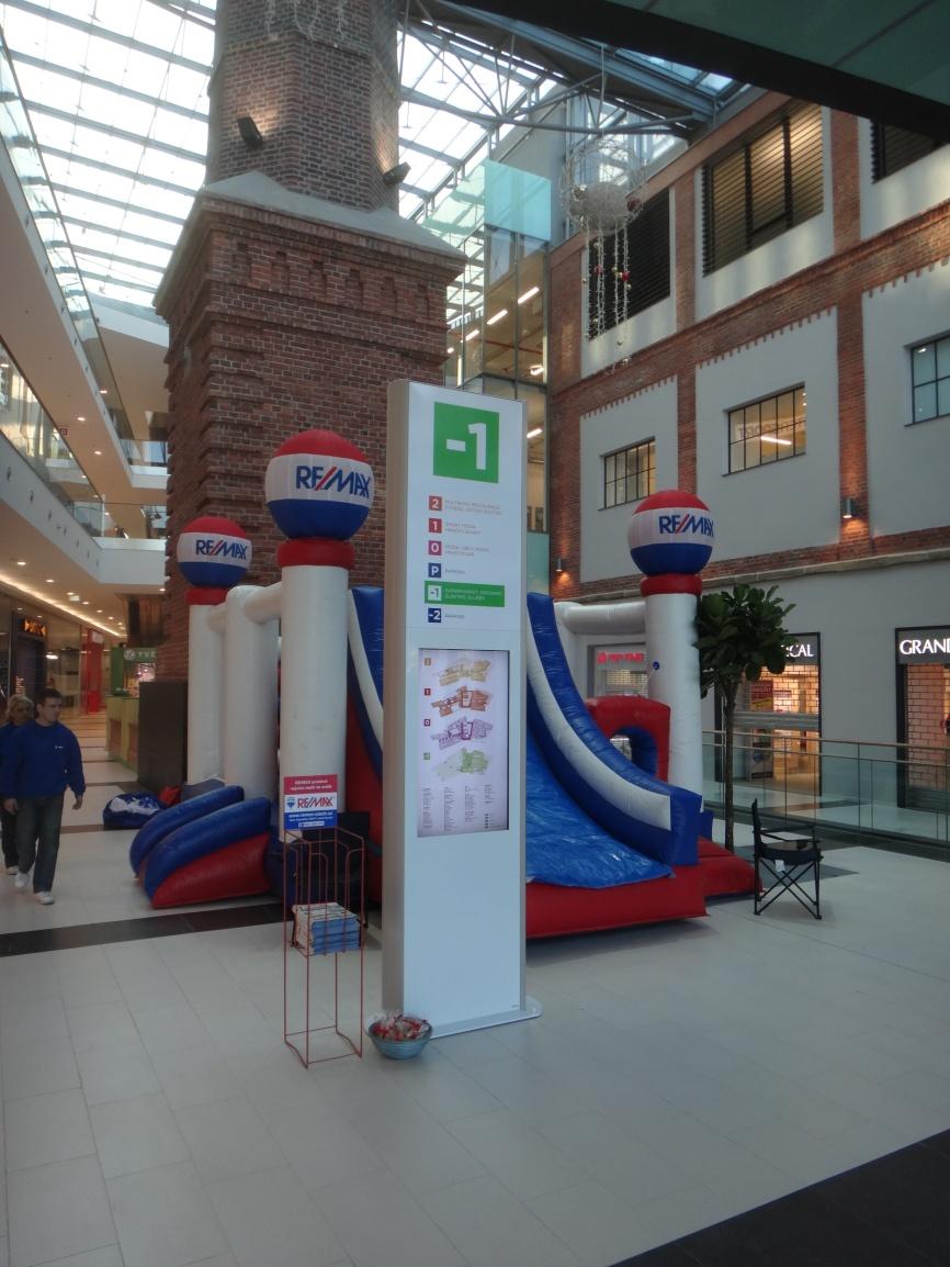 Orientační systém Obchodního centra Breda v Opavě